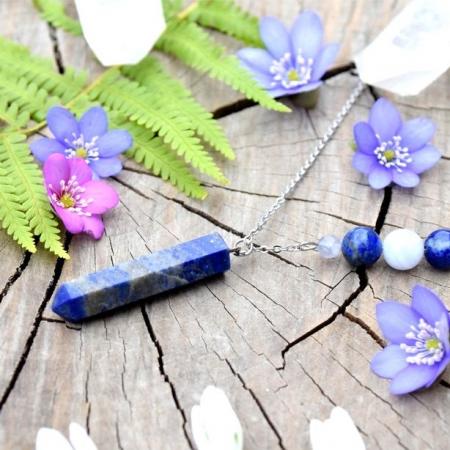 ~MÍR~ Minerální náhrdelník s lapisem lazuli a chalcedonem, nerez ocel