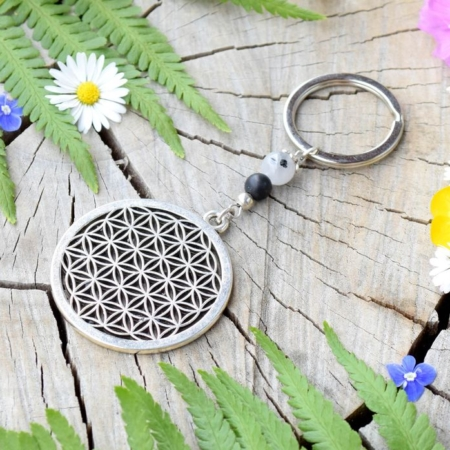 ~TRPĚLIVOST~ Originální přívěsek na klíče květ života s onyxem a křemenem