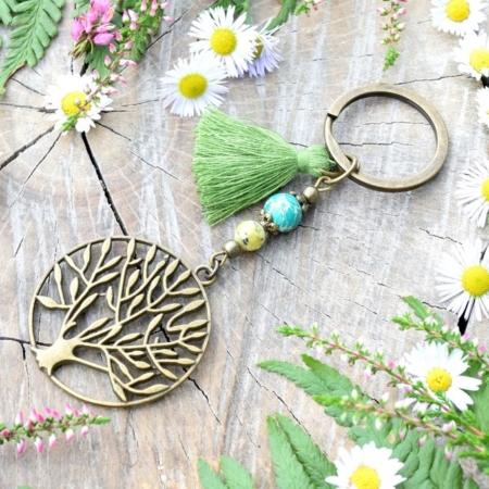 ~DZI Z MECHU A KAPRADÍ~ Originální přívěsek na klíče strom života s jaspisem a variscitem, střapeček